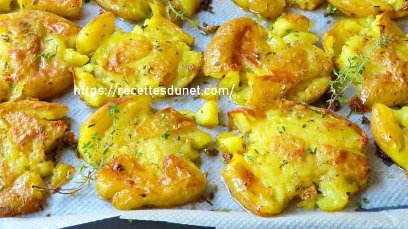 Les fameuses pommes de terre à l'ail et au thym